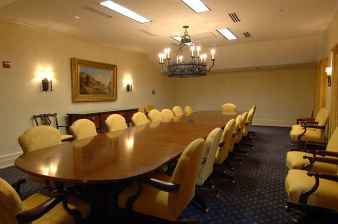 Old Edwards Inn Conference & Fitness Center Board Room