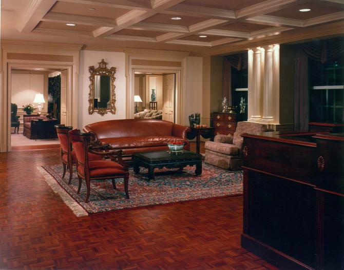 Swift Currie Lobby